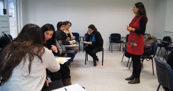 Clase del diplomado con la profesora Paula Guerra.